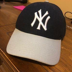 Men's New York Yankees hat
